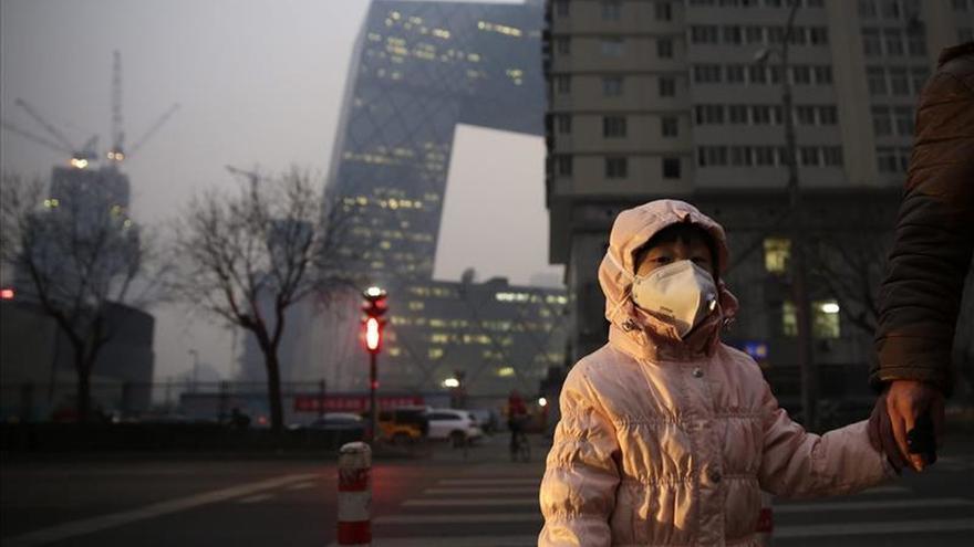 Pekín vive su primera jornada en alerta roja por contaminación