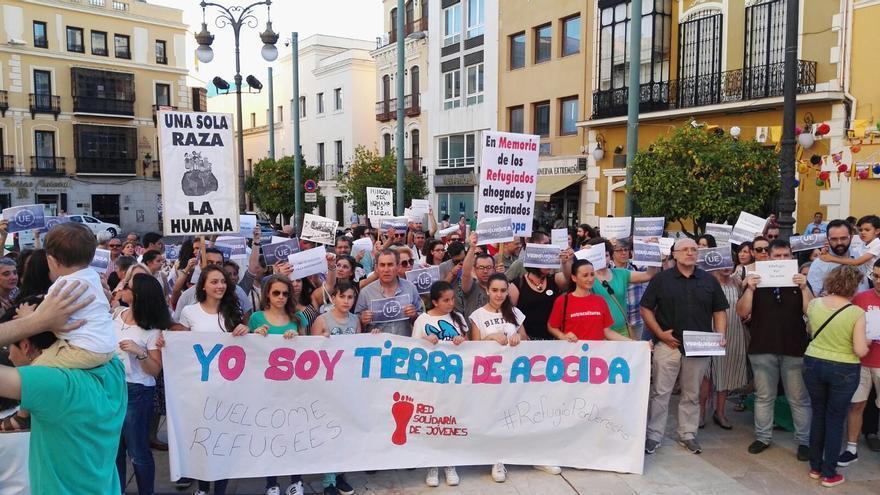 Protesta en Badajoz para exigir un cambio de rumbo de las políticas europeas de migración y asilo / RSR
