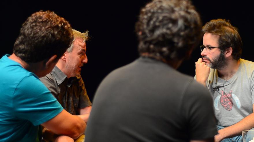 """El mongol Edu Galán entrevista a David Ilundaín, director de """"B"""" \ Foto: Alejandro Navarro Bustamante"""
