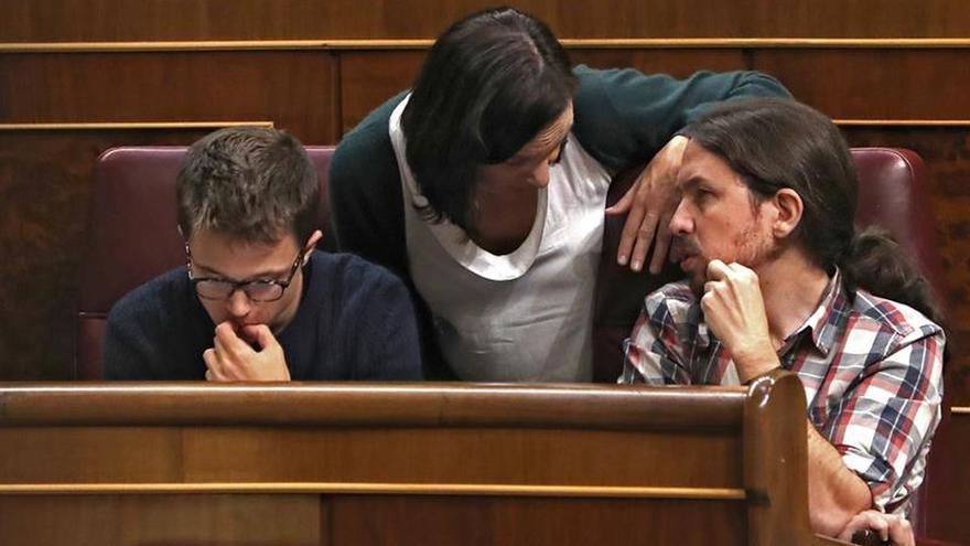 Iglesias es llamado al orden durante un incidente de los diputados de Podemos