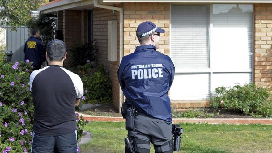 Mantienen bajo arresto a joven australiano sospechoso de terrorismo