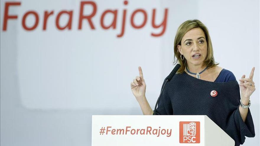 """Chacón """"prefiere"""" pactar con Podemos tras el 20D, pero se abre al diálogo con C's"""