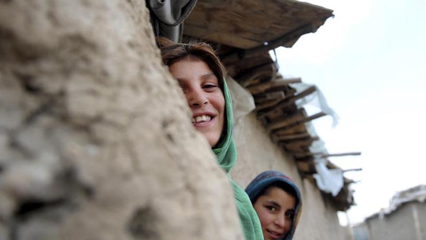 Miles de desplazados vuelven a Kunduz (Afganistán) tras la expulsión de los talibanes