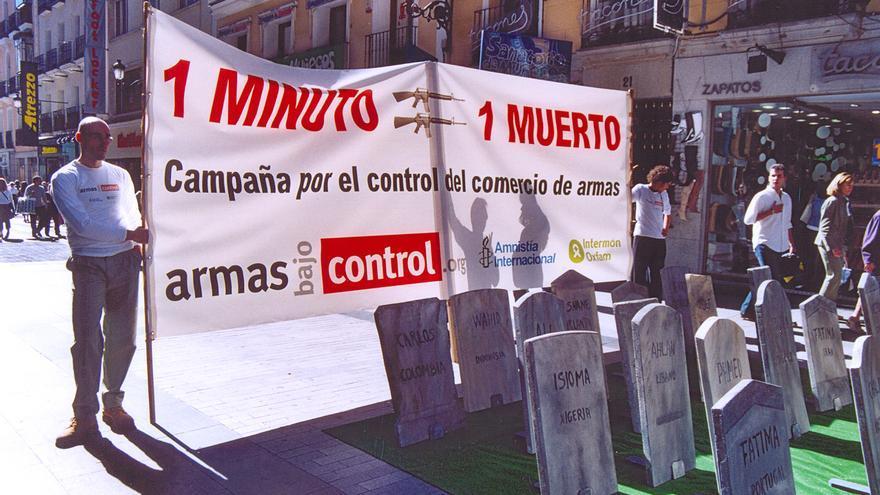 """La campaña """"Armas Bajo Control"""", formada por Amnistía Internacional, Greenpeace, FundiPau y Oxfam Intermón, considera que no se puede seguir posponiendo la reforma de la Ley de Secretos Oficiales"""