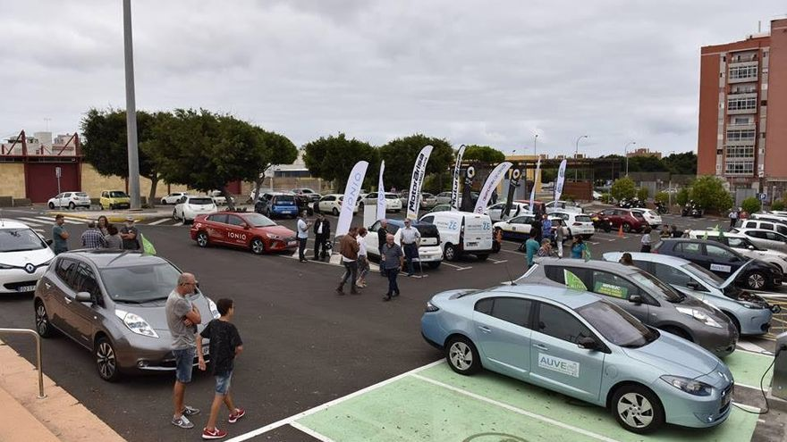Gran Canaria saca a concurso la instalación de dos plantas fotovoltaicas para la cochera insular e Infecar  Versión: