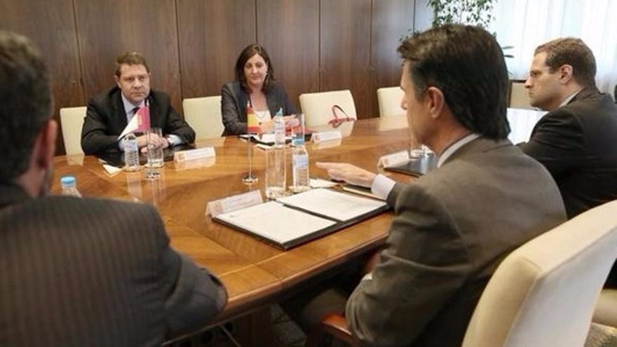 Reunión entre Emiliano García-Page y José Manuel Soria sobre Elcogas / Foto: JCCM