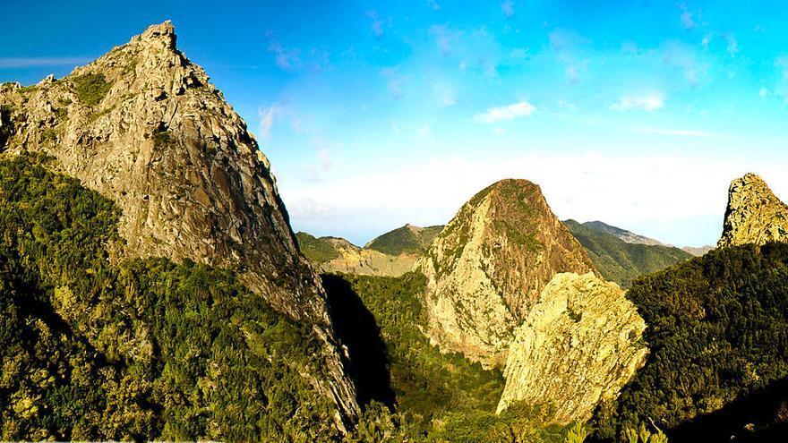 Mirador de Los Roques, uno de los iconos del Parque Nacional de Garajonay. TURISMO DE LA GOMERA