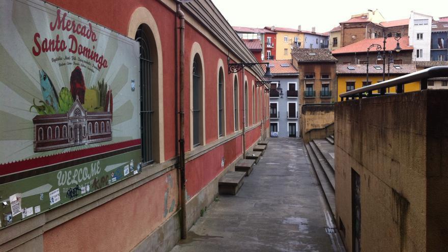 El mercado de Santo Domingo, junto a la plaza de los Burgos.