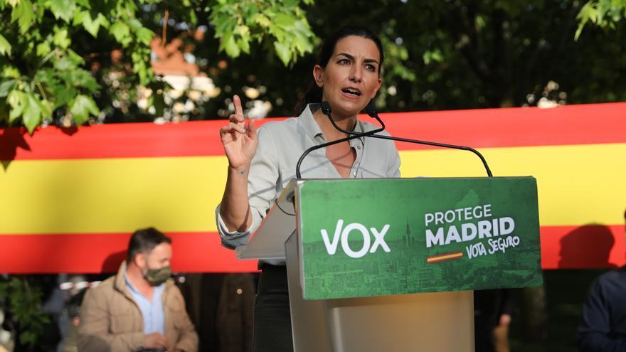 La candidata de Vox a la Presidencia de la Comunidad de Madrid, Rocío Monasterio en un acto de campaña del partido en el Parque de Abastos de Aranjuez.