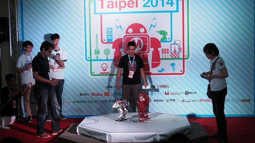 Lucha de robots en el Maker Faire Taipei de 2014