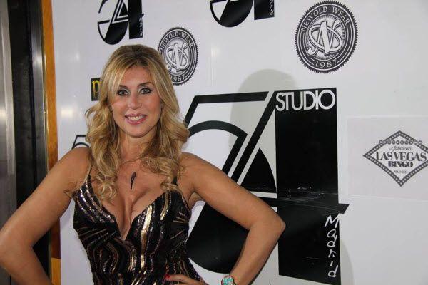 Malena Gracia a su llegada a los I Premios Studio de la Televisión | Fotografía: Newold Wear