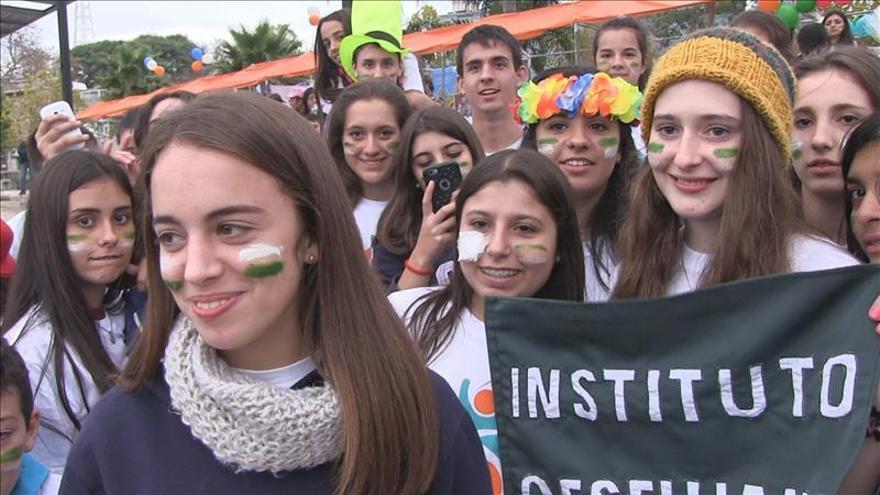 Más de mil jóvenes celebran el Día Global del Voluntariado en Montevideo
