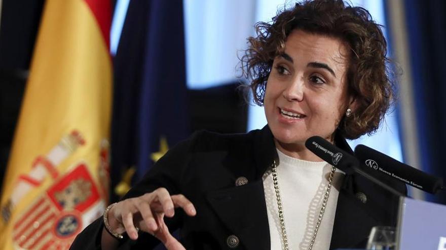 La ministra de Sanidad considera exigencia catalán haría perder talento profesional