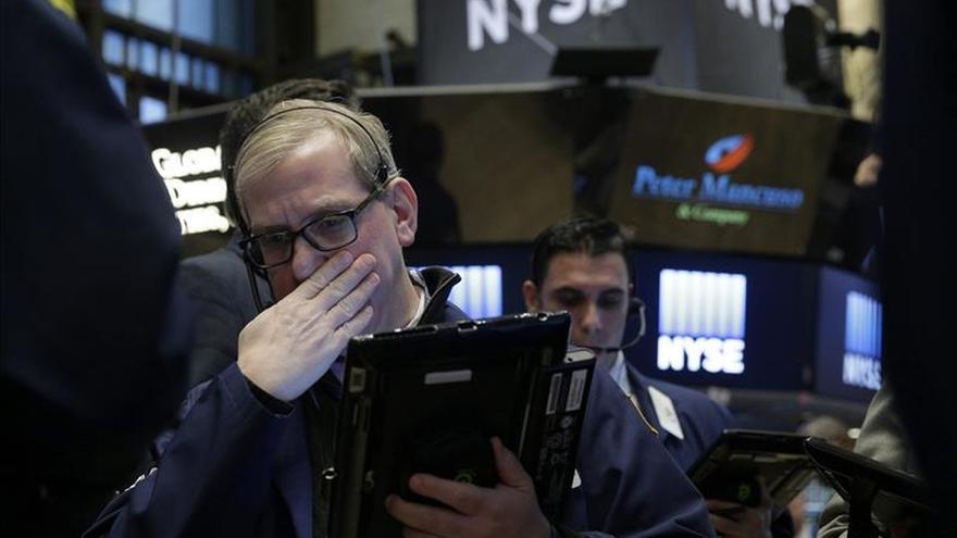 Wall Street y las otras bolsas mundiales cierran un mes de pesadilla