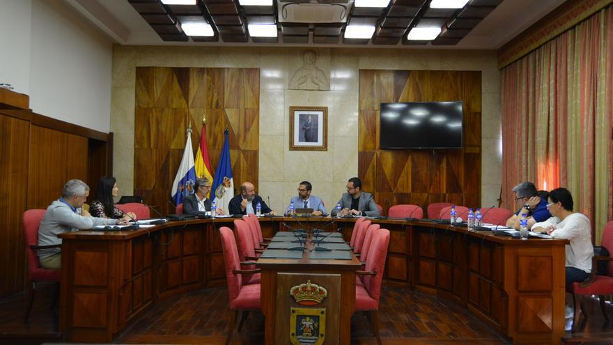 Un momento de la reunión celebrada este jueves en el Cabildo de La Palma.