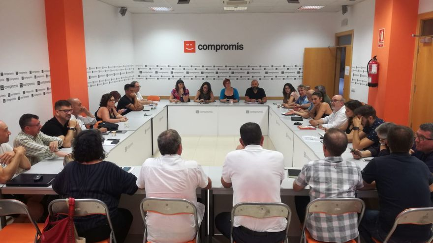 Comprom s busca una reestructuraci n de la diputaci n for Kiosko alqueria