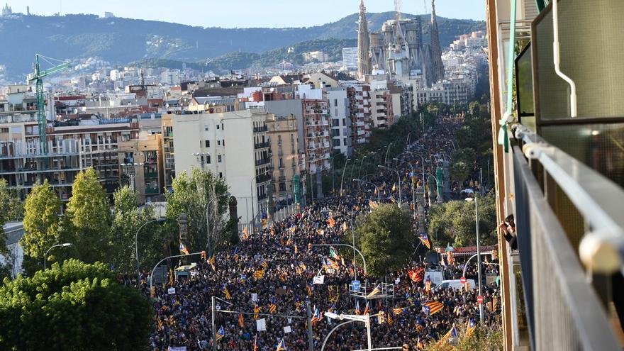 Convocatoria multitudinaria en la calle Marina por la libertad de los presos