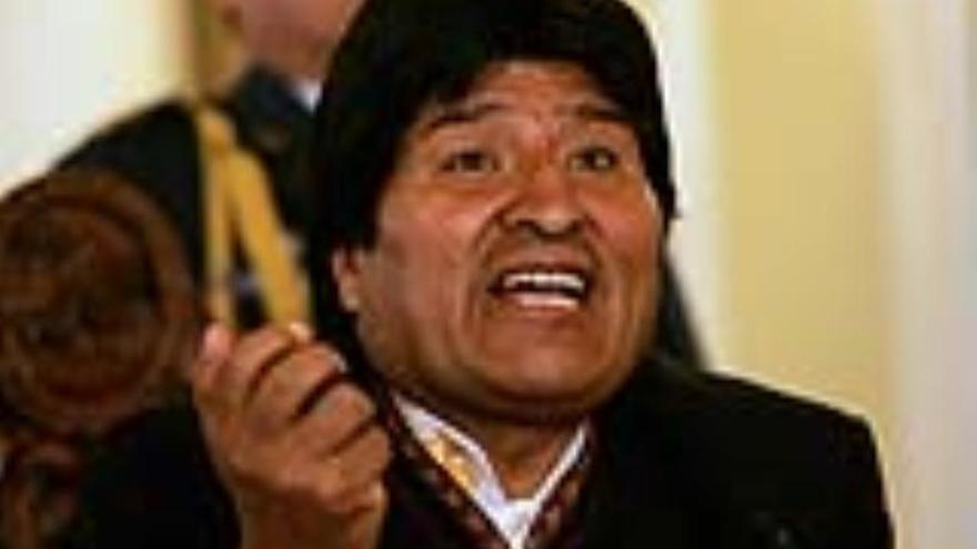 """Irán manifiesta el respaldo a sus """"amigos revolucionarios"""" de Bolivia"""