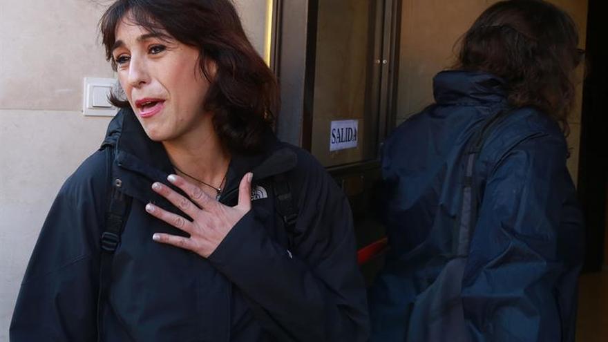 """Rivas pide justicia para que sus hijos no vean que la """"apalean"""" y la castigan"""