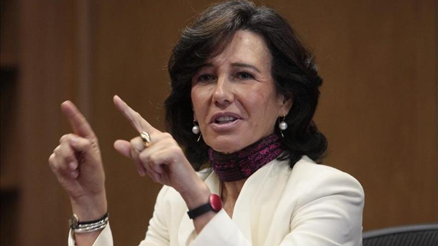 Botín dice que la expansión cuantitativa en la zona del euro es necesaria y buena