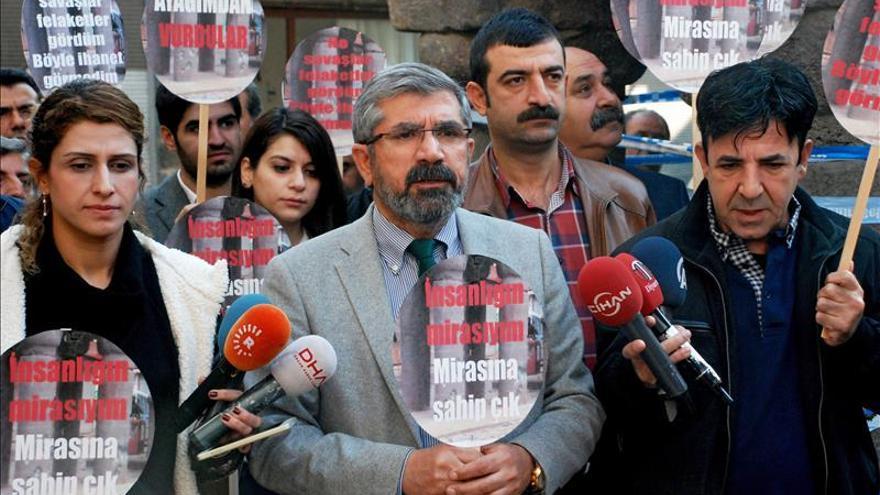 La Abogacía Española condena el asesinato del abogado prokurdo Tahir Elçi