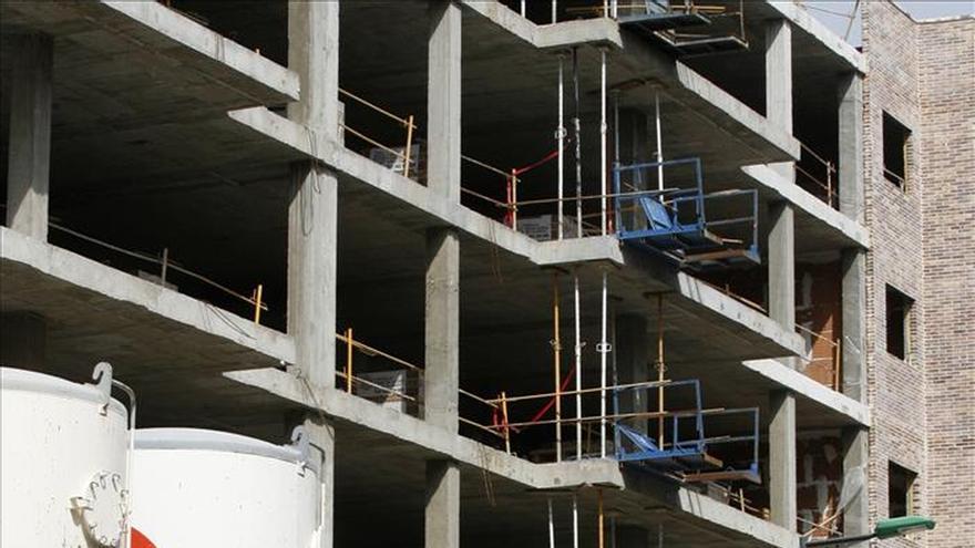 España registró en marzo la mayor caída en el sector de construcción de la UE