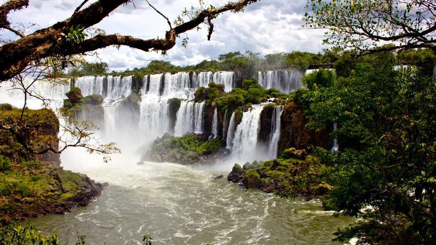 Cataratas del Iguazú, una de las grandes maravillas naturales del mundo. VIAJAR AHORA