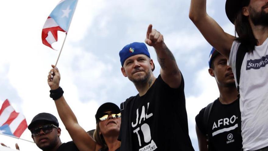 Residente llama a una nueva marcha contra el gobernador de Puerto Rico