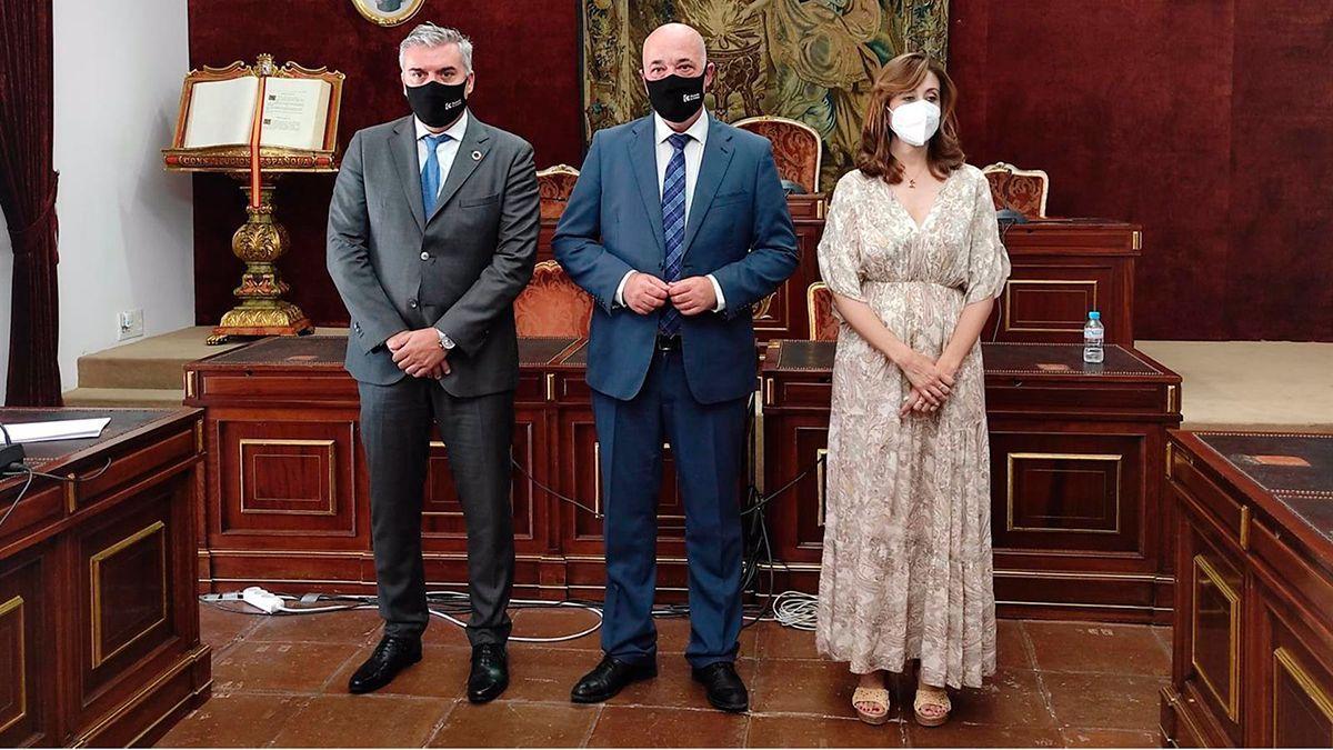 Montoro, Ruiz y Cañete, en la Diputación.
