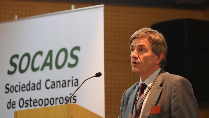 Manuel Sosa Henríquez, Catedrático de Medicina de la ULPGC y responsable de la UMO del Hospital Universitario Insular de Gran Canaria.