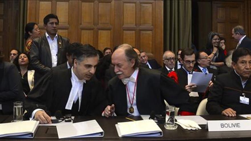 """La Paz pide a la CIJ que encuentre """"solución"""" a """"mediterraneidad de Bolivia"""""""
