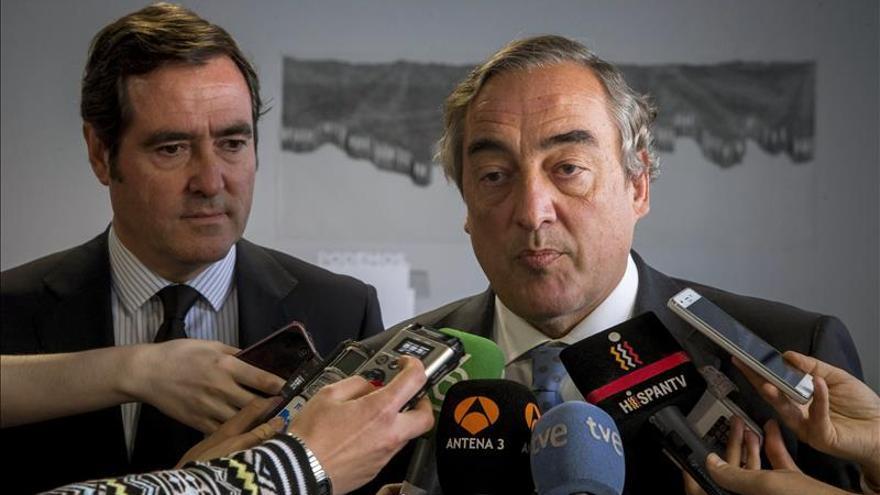 Rosell traslada las condolencias por los atentados a la patronal francesa