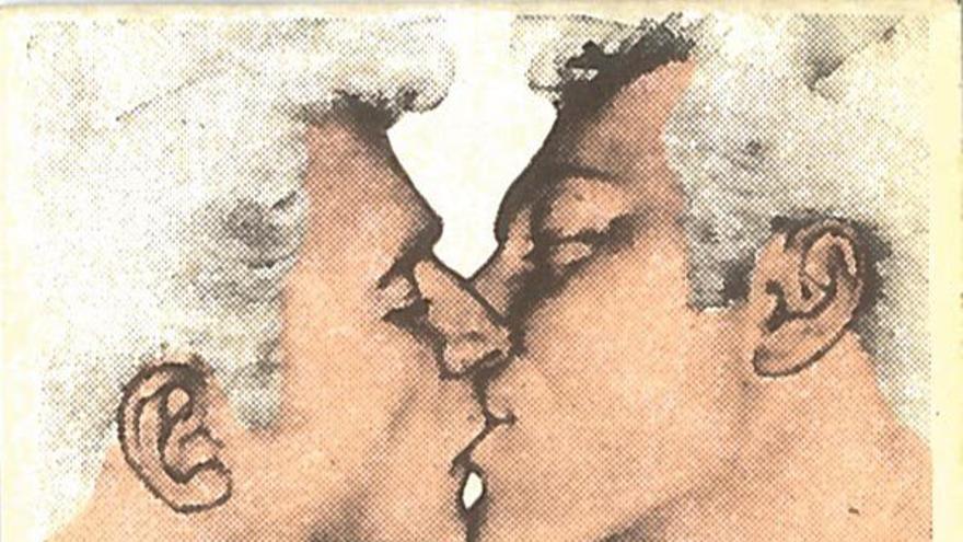 Pegatinas propagandísticas del FAGC en defensa de la homosexualidad.