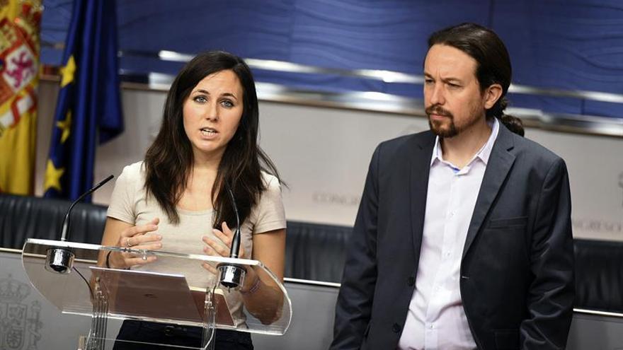 Unidos Podemos pide una prestación por hijo de 1.200 euros para familias pobres