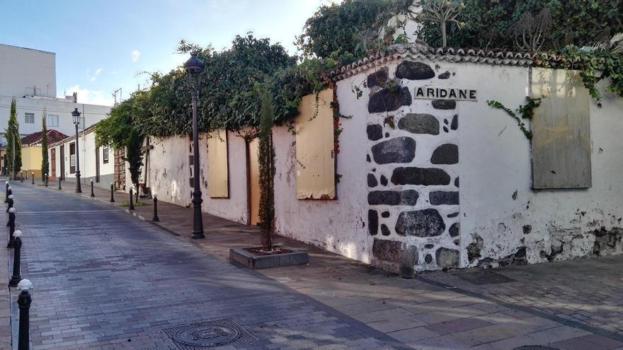 En la imagen, un inmueble en la Calle Aridane confluencia con Calle Fernández Taño (Foto cedida por CC).
