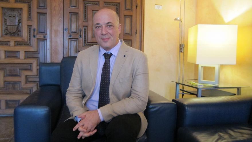 Antonio Ruiz y Rafi Crespín presentarán una única precandidatura a la Secretaría General del PSOE cordobés