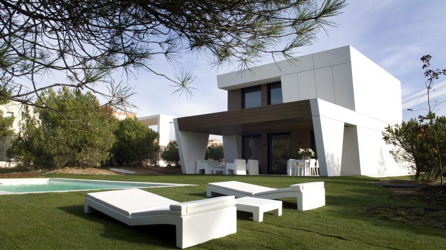 El estudio a cero presenta la primera urbanizaci n de for Casas prefabricadas minimalistas