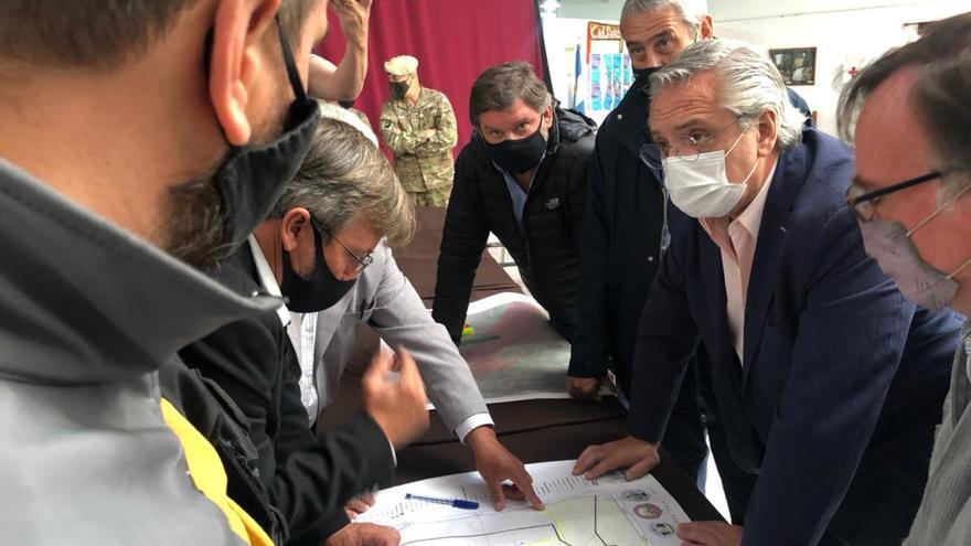 Funcionarios y dirigentes de la oposición y el oficialismo repudiaron el ataque a la comitiva presidencial en Chubut