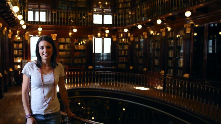 Irene Montero, en la biblioteca del Congreso de los Diputados.