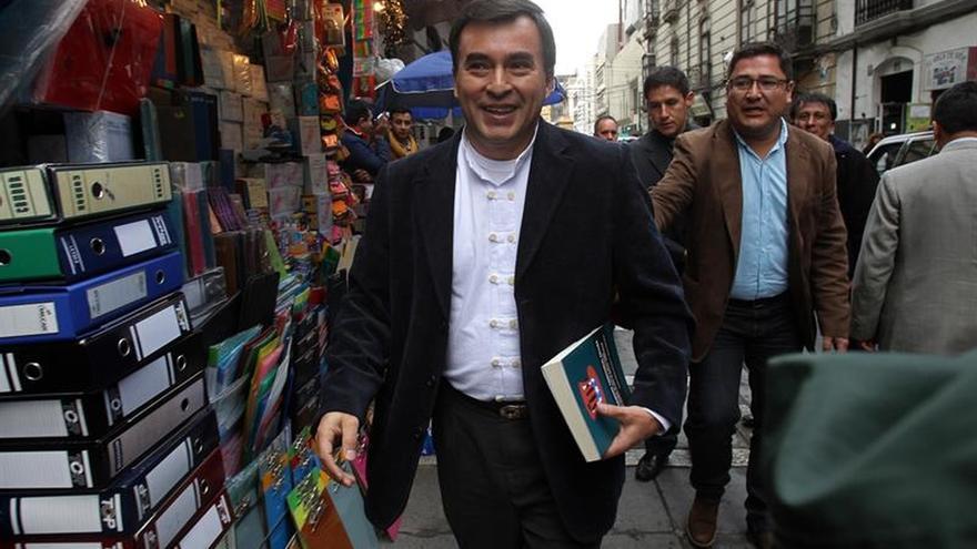 "Ministro acusa a expareja de Evo Morales de liderar ""organización criminal"""