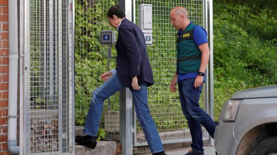 Zaplana cumple 100 días en prisión tras 4 recursos infructuosos para salir