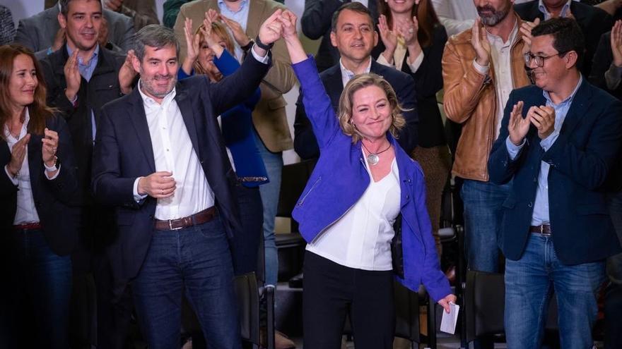 Fernando Clavijo, presidente del Gobierno de Canarias y Ana Oramas, candidata al Congreso de los Diputados por Coalición Canaria.
