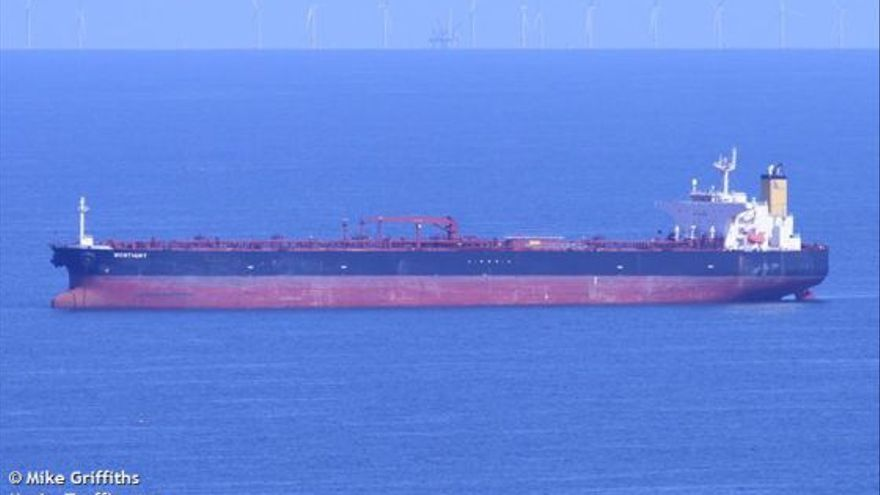 Petrolero 'Lady M'. (Foto: Mike Griffiths/ MarineTraffic.com)