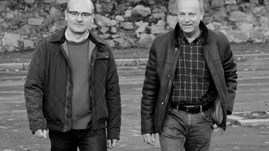 Los profesores de Economía de la Universidad del País Vasco Carlos Rodríguez y Ricardo Bustillo. Foto: Mikel Martínez de Trespuentes. UPV/EHU