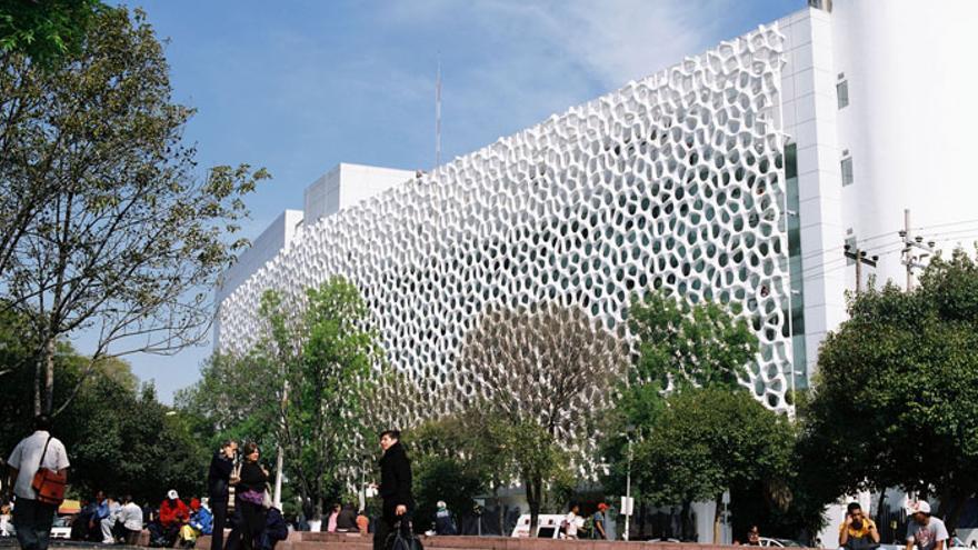 Edificio de Especialidades Médicas en Ciudad de México. / Ellegant Embellishmets. A. Cartagena