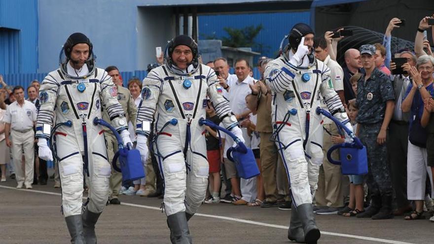 La nave rusa Soyuz despega rumbo a la Estación Espacial en homenaje al Apolo 11