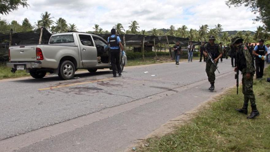Dos muertos y tres heridos en atentados en el sur de Tailandia