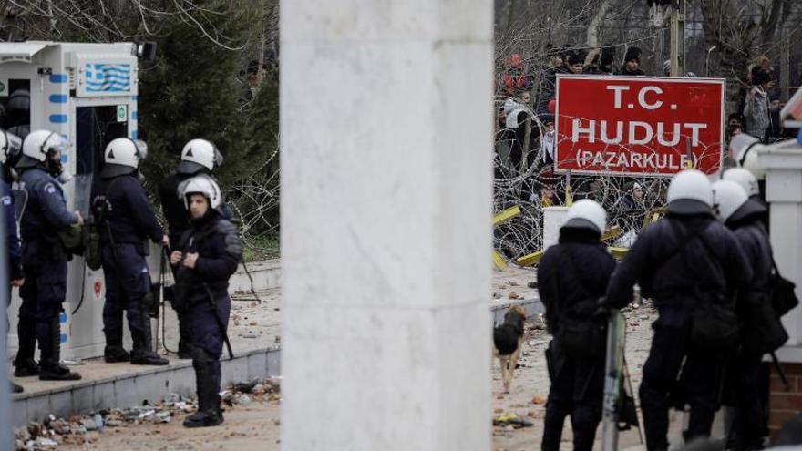 Grecia evita más de 4.000 entradas al país y mantiene bajo control frontera