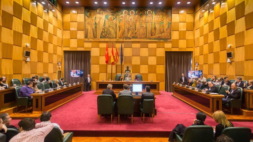 Salón de Plenos del Ayuntamiento de Zaragoza.