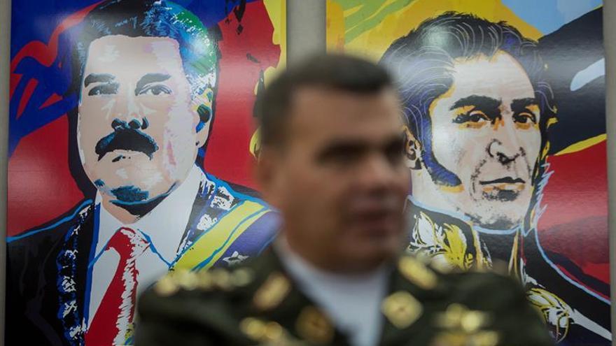 El ministro de Defensa venezolano dice que la medida otorgada a López fue gracias al diálogo